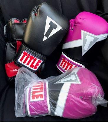 Foto de Title Boxing Gloves